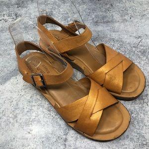 Kork-Ease Myrna Gold Cork Small Wedge Sandals 7